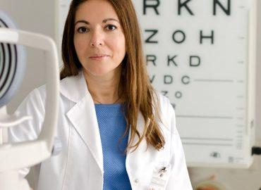La Clinica iMed Oftalmologie din Sibiu o operație de cataractă durează 15 minute, iar pacientul este externat în aceeași zi